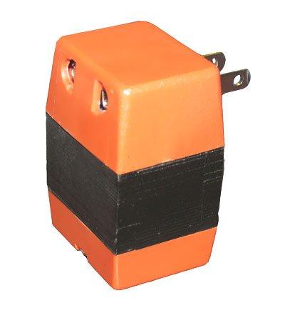 Foreign Travel Power Converter input 110120V output 220240V CV012